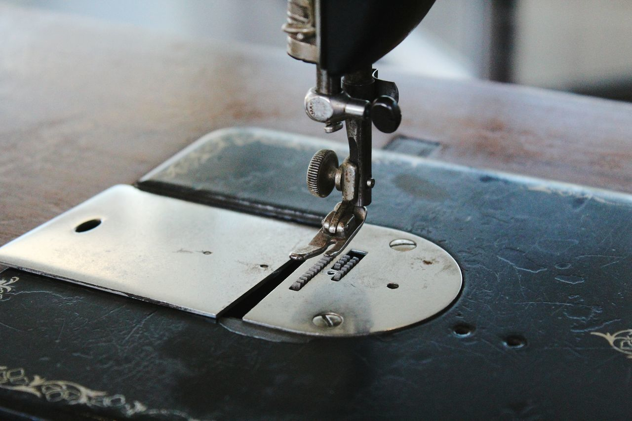 Sewing Machine Sewing Room Ancient Machines Vintage Fashion Vintage Stuff Close-up Metal Indoors  No People Old Things Old Times