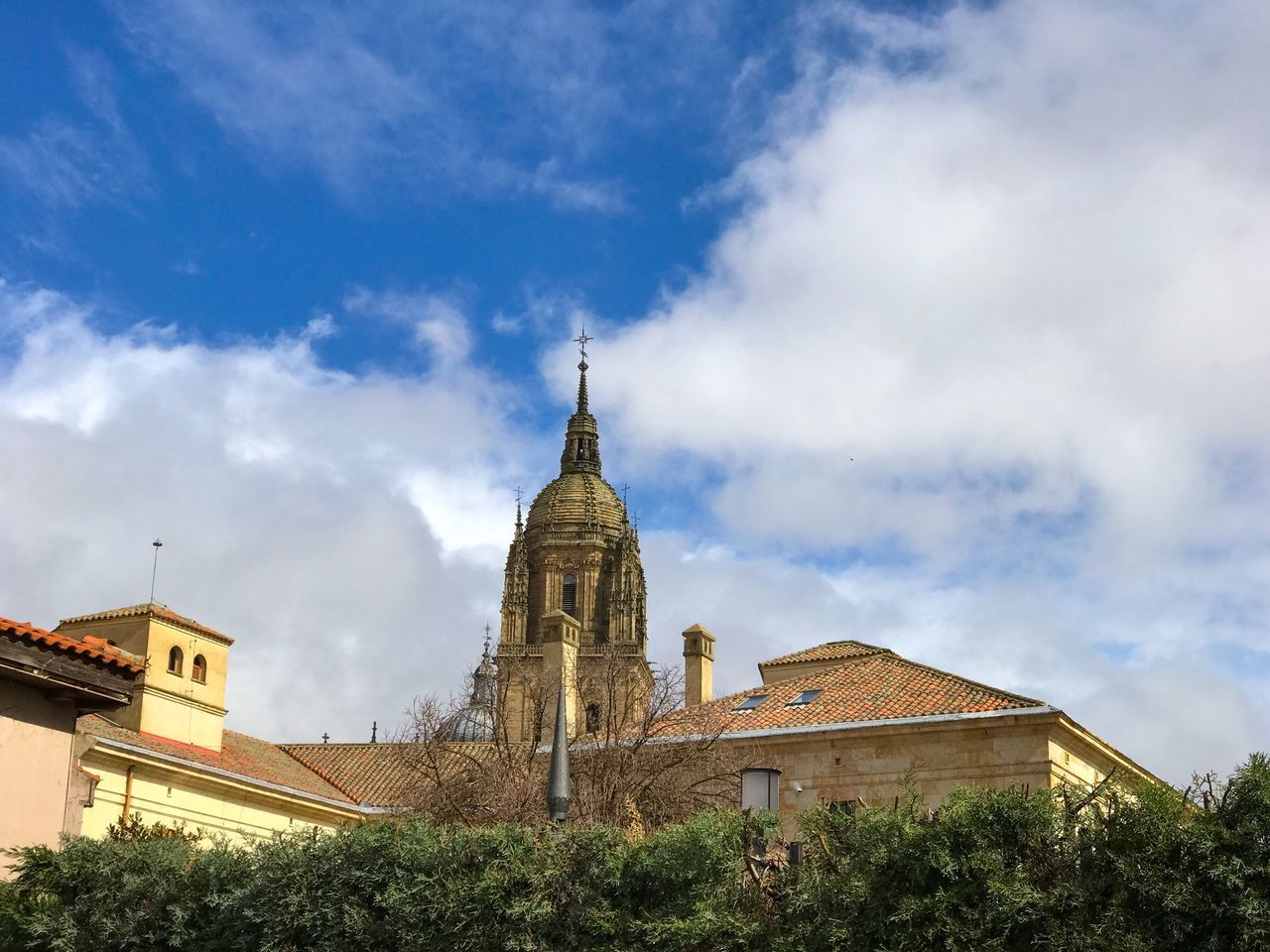 Travel Destination Travel Building Exterior Architecture Built Structure Religion Sky Place Of Worship Spirituality Outdoors No People Cloud - Sky Abbey Day City Urban Lifestyle Catedral De Salamanca Urban Landscape Cathedral Urban World Heritage Travel Destinations Salamanca Architecture Traveling