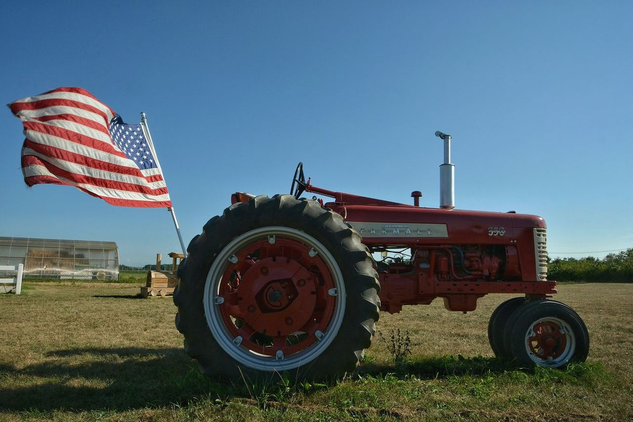 America Check This Out Nikon D5200 Wide Angle Wideangle Nikon Nikonphotography Long Island North Fork Farm US Flag Flag Tractor Farmland Colour Of Life New York Clear Sky Blue Sky