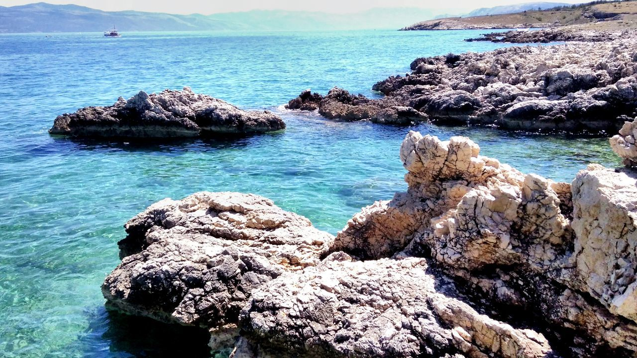 Sea Beach Beauty In Nature Tranquility Horizon Over Water Rock - Object Outdoors Day No People Water