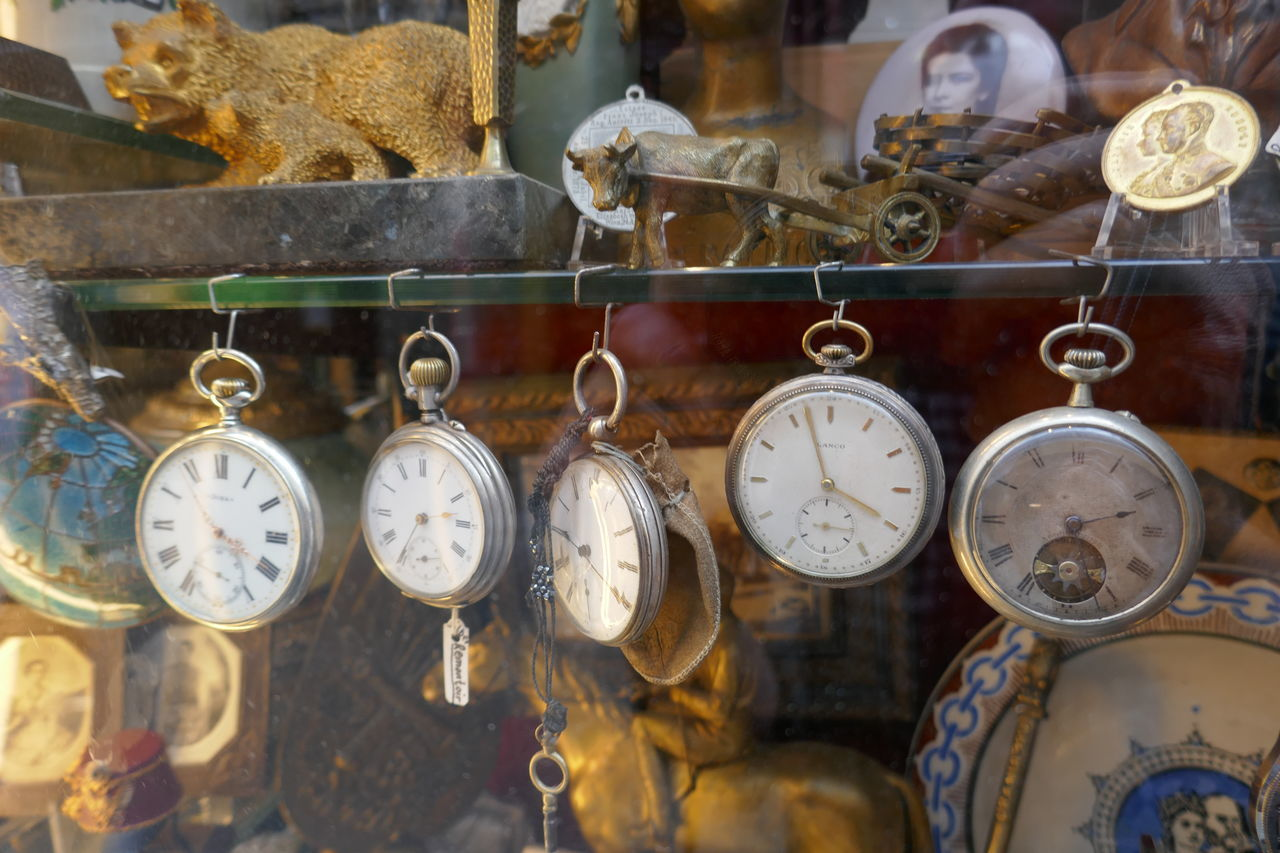 Abundance Antique Arrangement Choice Close-up Day Focus On Foreground Large Group Of Objects No People Selective Focus Side By Side Still Life Variation Austria Vienna Antiquities Pocket Watch Shop Window Window Shop