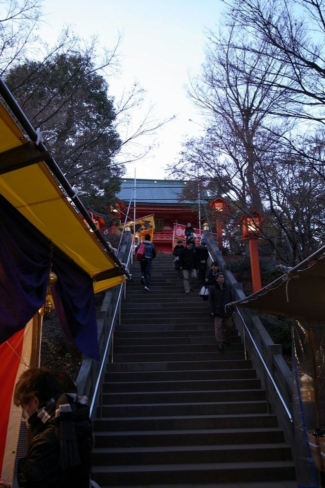 Japanese Shrine Stairs Landscape Sunday Evening New Year Traditional Ricoh GRD III 趣があります!