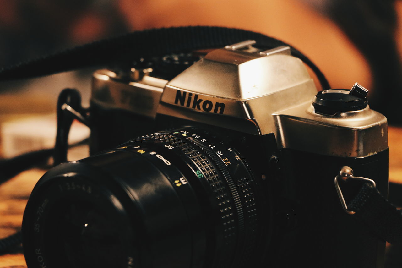 Nikon analog Close-up Indoors  No People Film Industry Record Player Needle Day Nikonphotography Nikon Indonesia_photography Focus On Foreground EyeEm Indonesia Close Up Technology