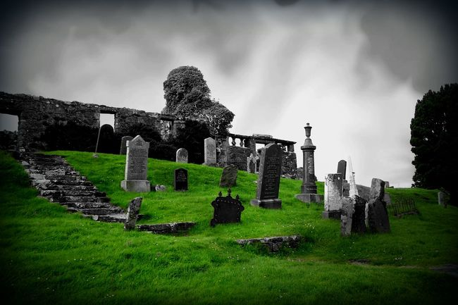 Abandoned Ancient Civilization Architecture Coloursplash EyeEm EyeEm Gallery Grave Green Green Green!  Historic History Mood Old Old Ruin Outdoors Ruined Ruins Scotland Stone Taking Photos The Past Travel Tree Walking Around