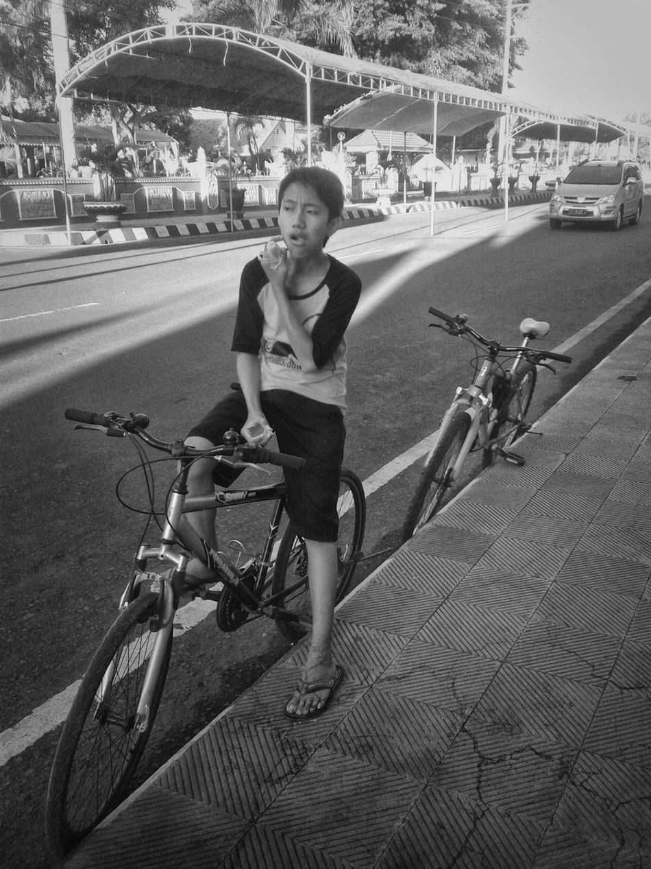 BikeTology Bike Situbondo Cityscape Blackwhite