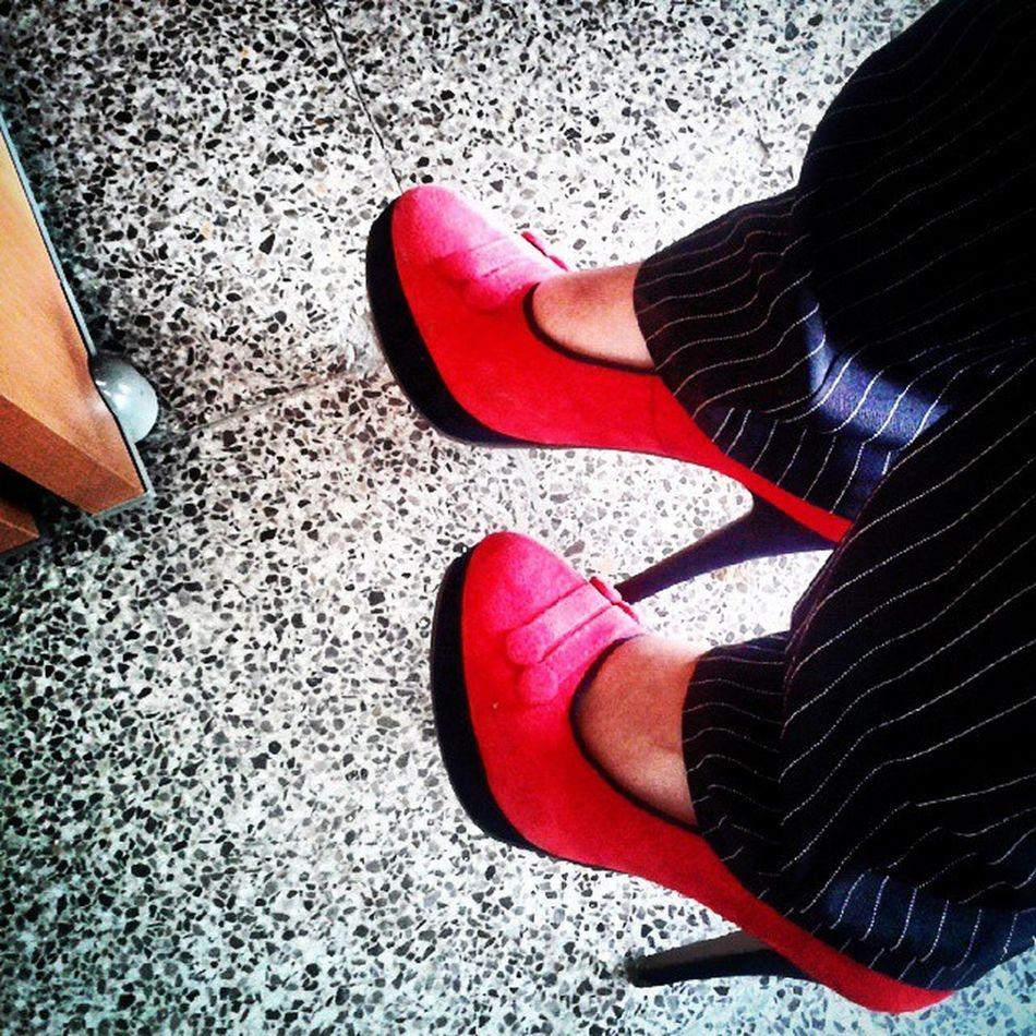 La Convineishon del día Red Loveshoes ♥♥♥♥