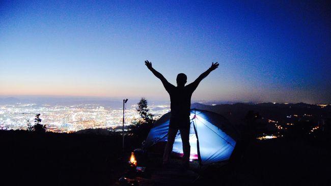 Camping Relaxing Hi! Hello World Taking Photos Sky Blue Sky Cityscapes Night Lights Enjoying Life