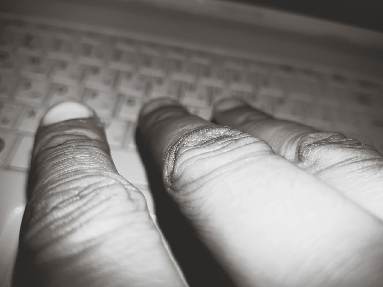 Finger Fingers Keyboard Computer Vintage Mad Scientist Deepweb Scary to Torture Wierd Reaching Out