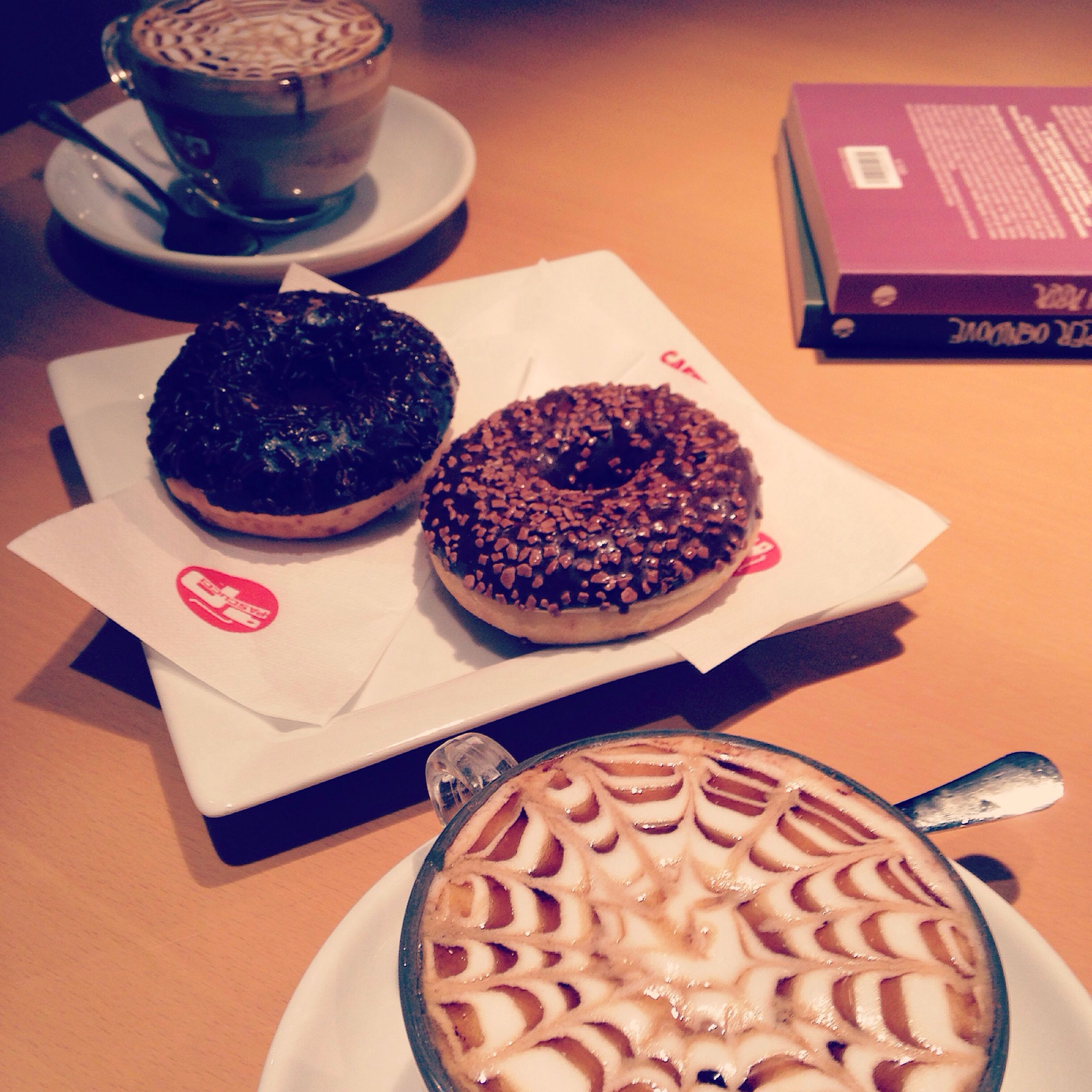 Books Coffee Break Caramel Feltrinelli Friends