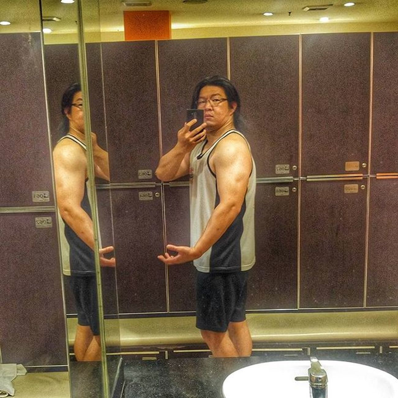 Sunday Workout Fitness Gym GymRat Workout Muscle Hypertrophy Healthylifestyle Val  2016 LGG4 LG  G4 Nopainnogain 😚