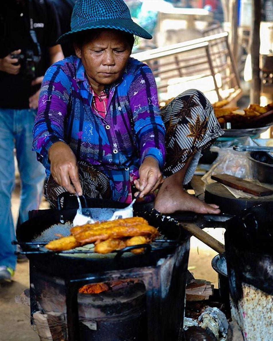 This is how you do it! Sony a7 experience @ Wat Oudong. Sony A7s Sonyalpha Sonyimages SonyA7s Sonycamera Sonyphotography Theappwhisperer Adventurevisuals GoodRadShot Fhotoroom PicHitMe EyeEm EyeEm_O MenchFeature Photography Pixelpanda Visitorg Aop_Lab Yourworldgallery SeeOurWorldNow Runningtheworld Natgeo Natgeotravel Natgeoyourshot Cambodia PhnomPenh @fhotoroom_ @pichitme @goodradshot @street_hunters @pixel_panda_ @eyeem_o @photocrowd @photoadvices @worldphotoorg