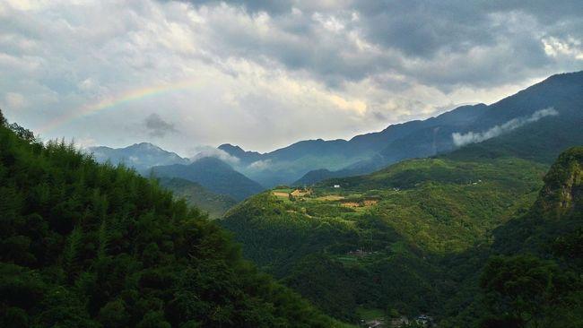 流口水的美景,剛好有彩虹欸欸🙌🙌🙌 Rainbow Landscape_Collection Landscape Landscape_photography Taking Photos Sky And Clouds Fantasy World Dreamcanvas Capturing Freedom Capture The Moment