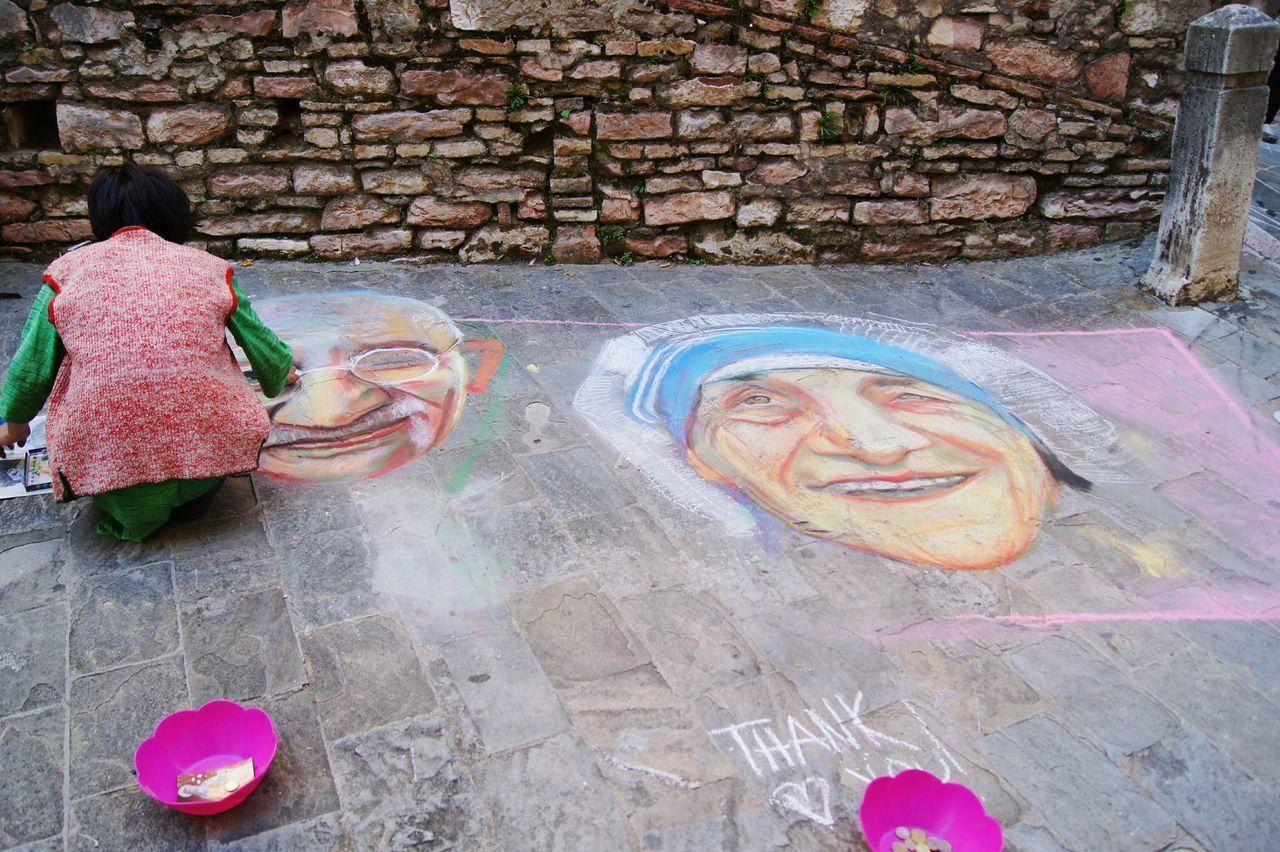 Street Art Assisi Italy Chalkart Artist Mother Teresa