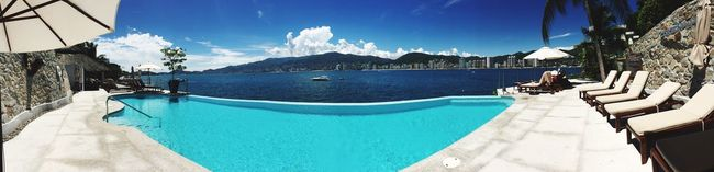 Acapulco's view. Acapulco,Guerrero Our View Enjoying The Sun Enjoying The View Summertime Summer Vacation Taking Photos Relaxing Enjoying Life Hello World The Beach  Panoramic Panoramic Photography Panoramic View Panoramic Landscape