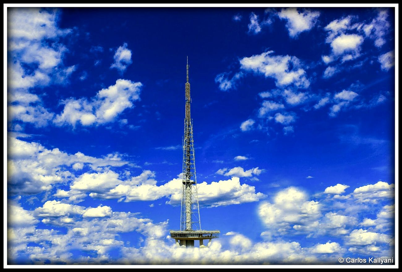 Torre de TV. Brasília, Brasil. Tower Cloud - Sky Tall - High Antenna - Aerial Fotografia Photography Photoshoot Foto Photo Brasília Minha♥ Brasília Torre Fotoarte Fotoart