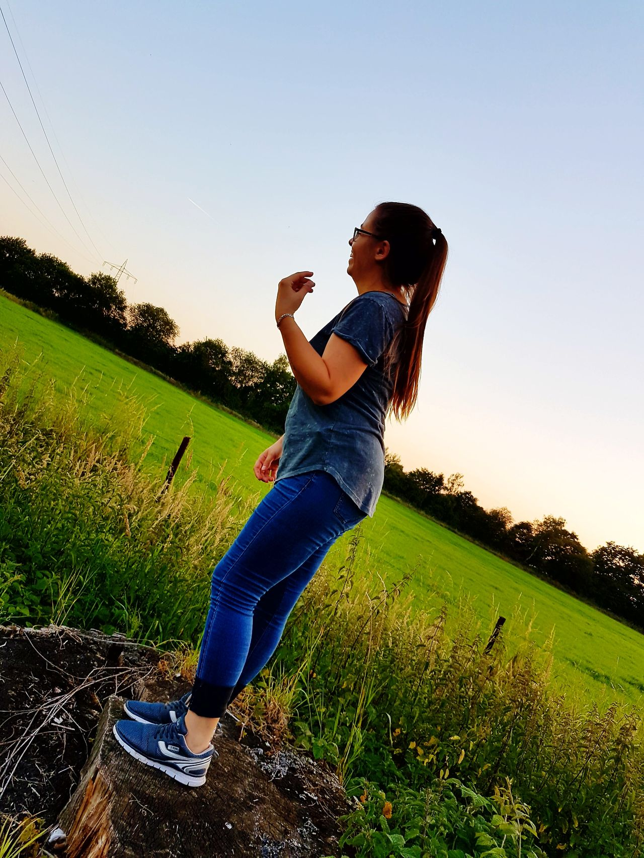 One Woman Only One Person People Only Women Adult Adults Only Leisure Activity Motion Women One Young Woman Only Standing Sky Young Women Young Adult Sport Outdoors Grass Day Nature Outdoor Outdoor Photography Standing Standing Trees Loughing Loughing :)