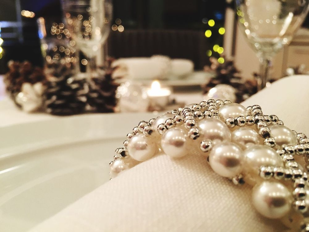 Close-up Table Setting Tabledecoration Candlelight CandleLightDinner Pearls Serviettes