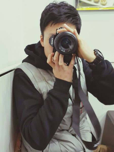 Sony A7 취미 사진을 잘찍지는 못하지만 친구들사진찍어줄때면 뿌듯함을 느낀다 근데 정작 카메라안에 내사진은 없다 ㅠㅠ