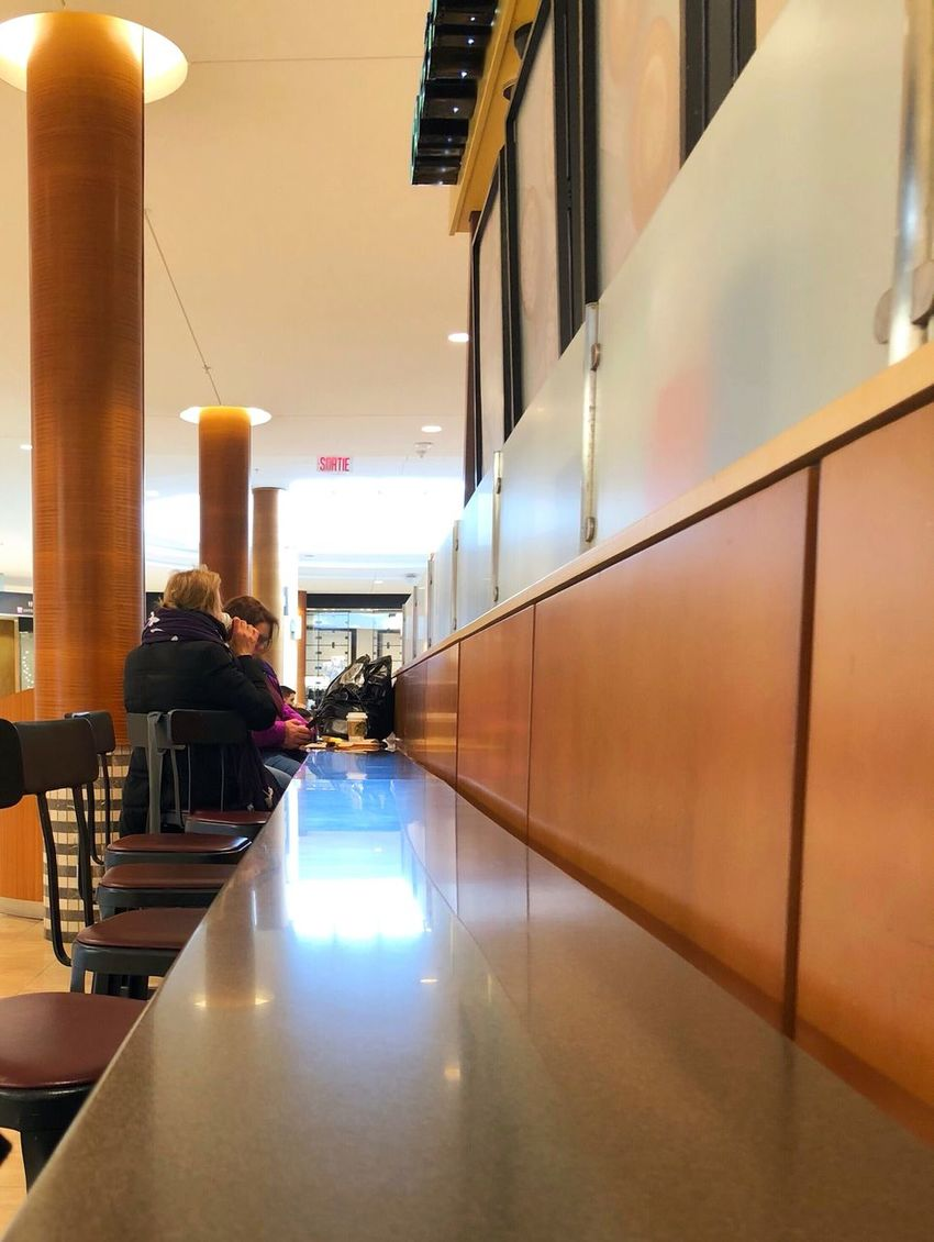 Shopping Break Midday Break Friendship Enjoying Life Coffee Time Real People Illuminated Indoors  Lifestyles Built Structure Architecture Men Sitting Women Modern Day People