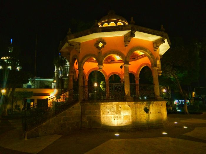 Kiosco Kiosco  Arquitecture Lovephotography  Check This Out Night Photography Night Lights Hanging Out Beutiful  Tlaquepaque