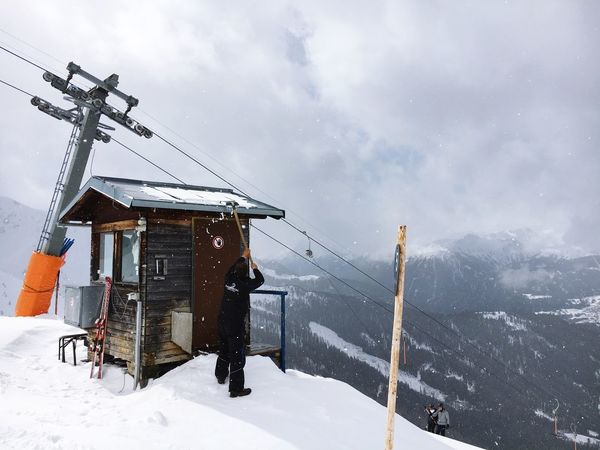 Werk it. Snow Winter Cold Temperature Weather Sky Nature White Color Mountain Beauty In Nature Frozen Covering Environment Scenics Outdoors Cloud - Sky Ski Lift Day Ski Holiday Overhead Cable Car Landscape Working Shoving Snow ❄