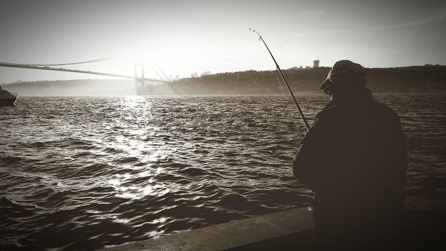 Sunset_collection Blackandwhite Old Man Fisherman OpenEdit Bosphorus Eyeemist Relaxing The Traveler - 2015 EyeEm Awards