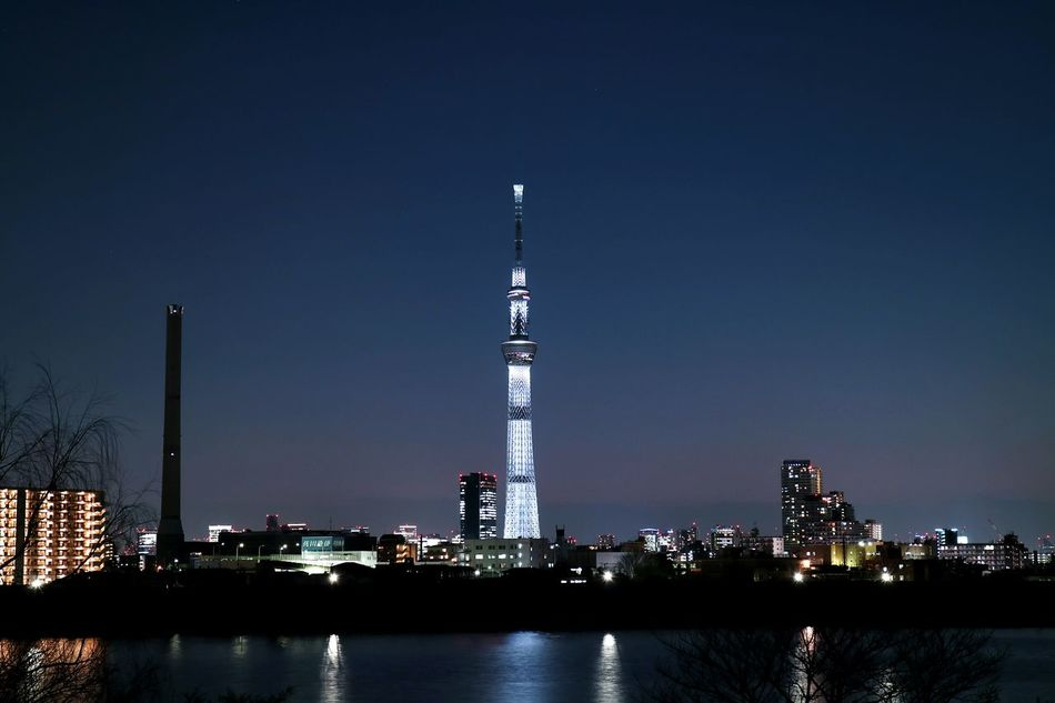 Tokyoskytree River Riverside Tokyo Japan Tower First Eyeem Photo Night View Skytree Sky Night Photography River View Riverscape Lighting Chimmny