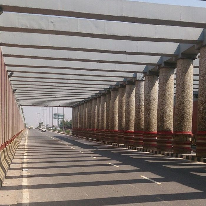 Today in noida enjoying after xams... 😌went to watch 300 Noida Delhi Gip Highway Fun MOVIE Stressfree 300 Hollywood India