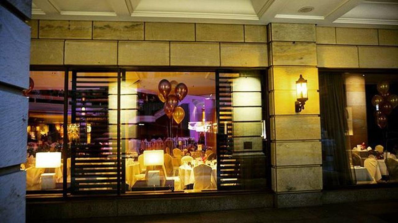 Restaurant Relish in Berlin-Mitte Restaurantrelish Sonyalpha5000 Happy NiceWeek Goldballoons Balloons Berlin