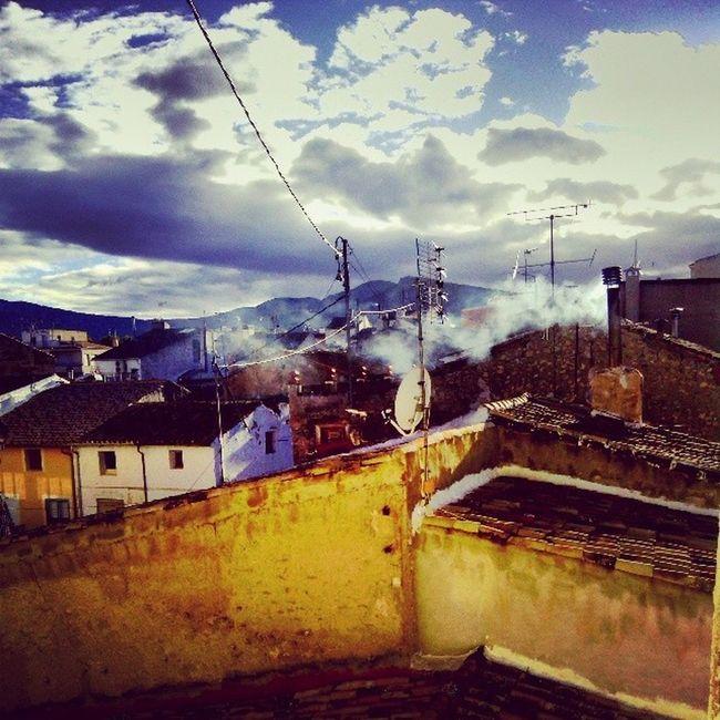 Invernalia Castalla Frio Estufas Fuego Lena Humo Montana Niebe SPAIN