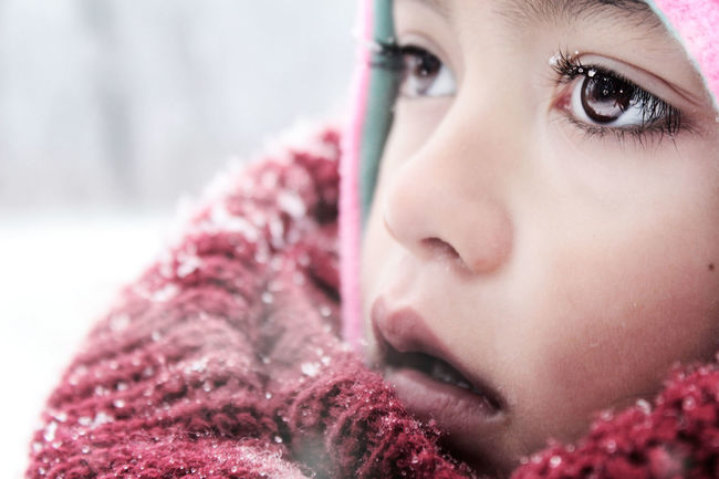 Don't let the cold keep you from new wonders. It's Cold Outside Showcase: January EyeEm Winter Bokeh EyeEm Best Shots Snow Tadaa Community Portrait