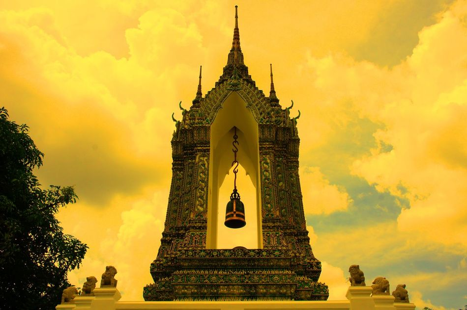 He is coming Architecture Bell Buddhist Temple Building Exterior Built Structure EyeEm Thailand Famous Place God Low Angle View Religion Sky And Clouds Sky_collection Spirituality Statue The Bell  Tourism Travel Destinations Waiting For The Bell Spotted In Thailand The Architect - 2016 EyeEm Awards The Great Outdoors With Adobe 43 Golden Moments Minimalist Architecture The City Light Art Is Everywhere