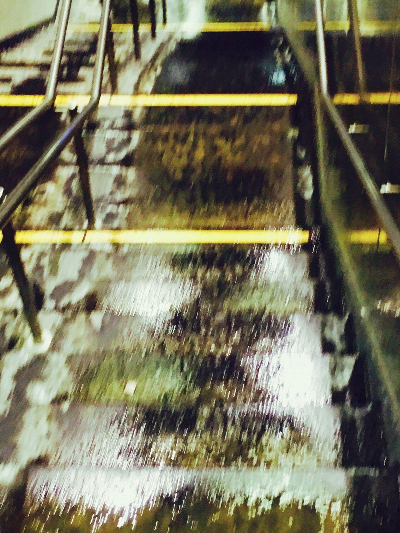Rain Frozen Rain Pluie Verglas Yellow Jaune Lignes Jaunes Yellow Lines Iphone6s Shotwithiphone6S Frost Metal