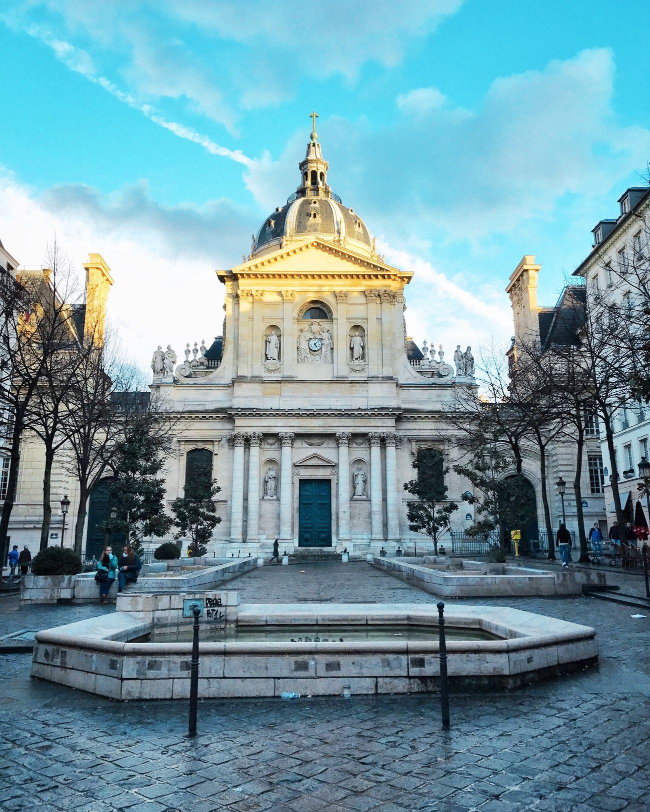 Good Evening Paris! Bonsoir Paris Architecture Building Exterior Fountain Sky Parisweloveyou EyeEm Best Shots Cloud - Sky Paris Photooftheday Eyem Best Shot - Architecture
