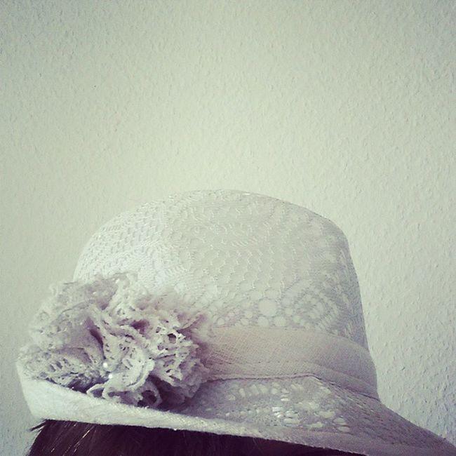 Ich liebe Hute und der hat es mir besonders angetan :) Hut Spitze Fashion