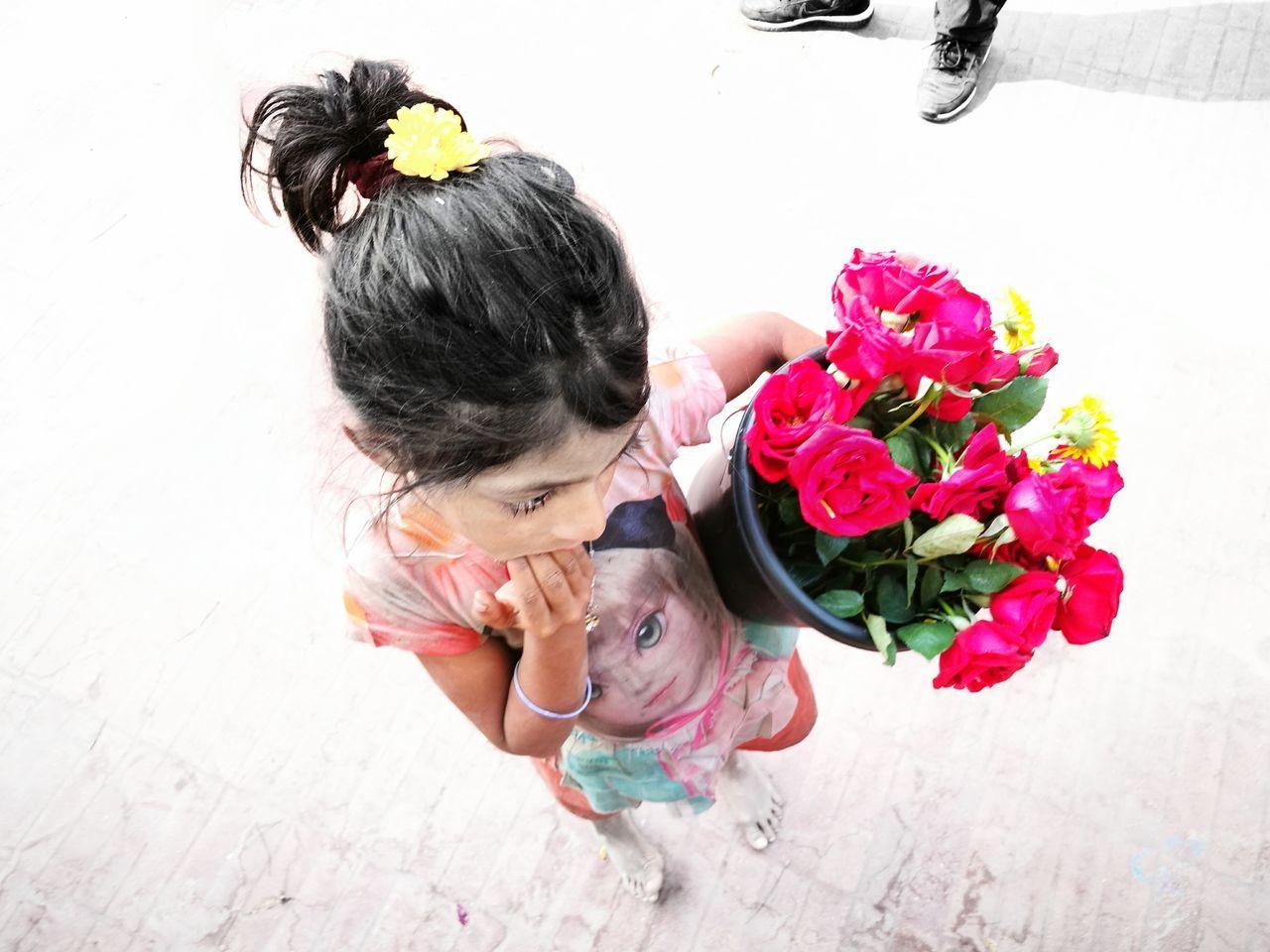 Childhood Childhood Straggle Straggle For Life Straggler Flowers Bangladesh 🇧🇩 Bangladeshi Slum Child Street Photography Street Children's Rights Street Child