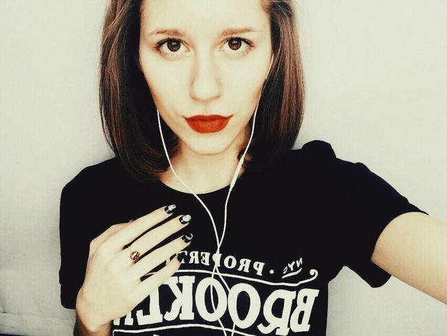 Vintage Vintage Girl Red Lipstick Rock Rock Girl Brookline Going To Hell Moon Nails Nails