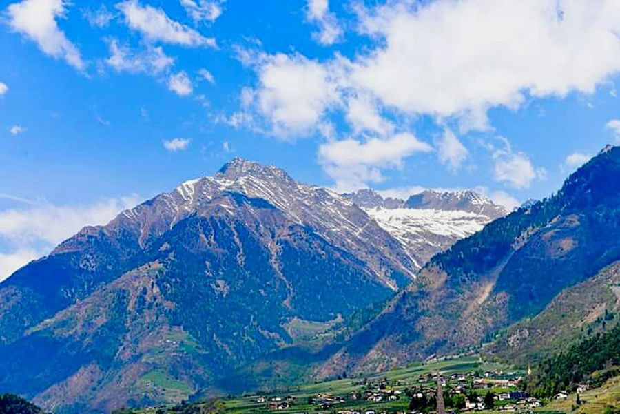 Mountain Mountain Range Snow Scenics Sky Cloud - Sky Day Outdoors Landscape Mountain Peak Travel Destinations No People Snowcapped Mountain Nature Tree Blue Vacations Beauty In Nature Outdoors❤ Summer Followforfollow Beauty In Nature Nature Urlaubsstimmung