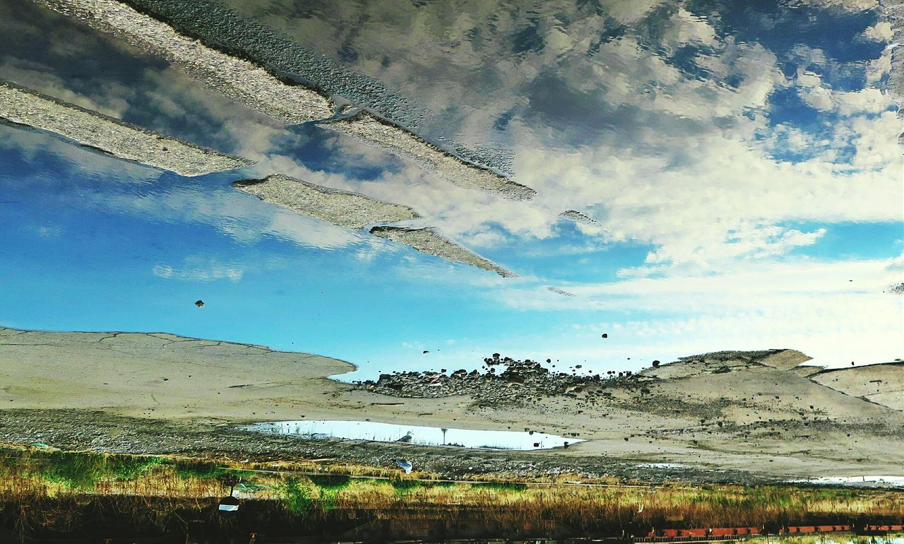 Good morning (...).. Sunday_flip Rain Reflection Reflection_collection Clouds And Sky Skyporn Walking Around Sadness Urban Landscape City Life EyeEm Best Edits