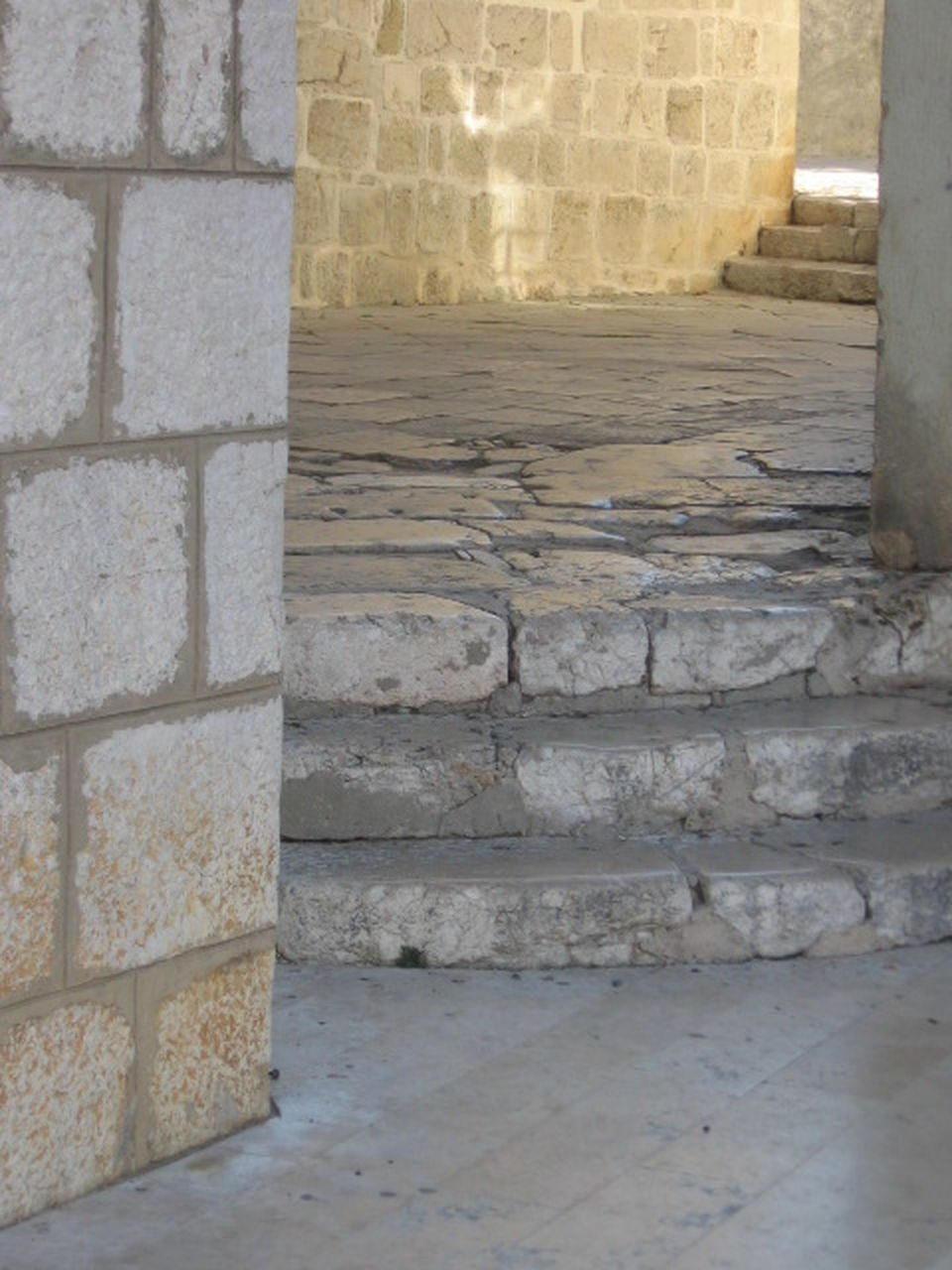 architecture, built structure, stone material, steps, staircase, steps and staircases, no people, history, ancient, day, indoors, building exterior