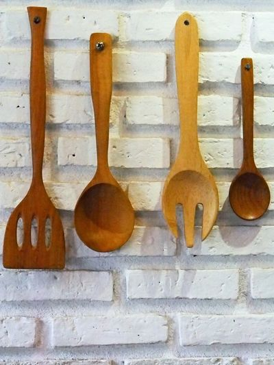 Close-up Day Hanging In A Row Indoors  Kitchen Utensil No People Spoon Wood - Material Wooden Spoon