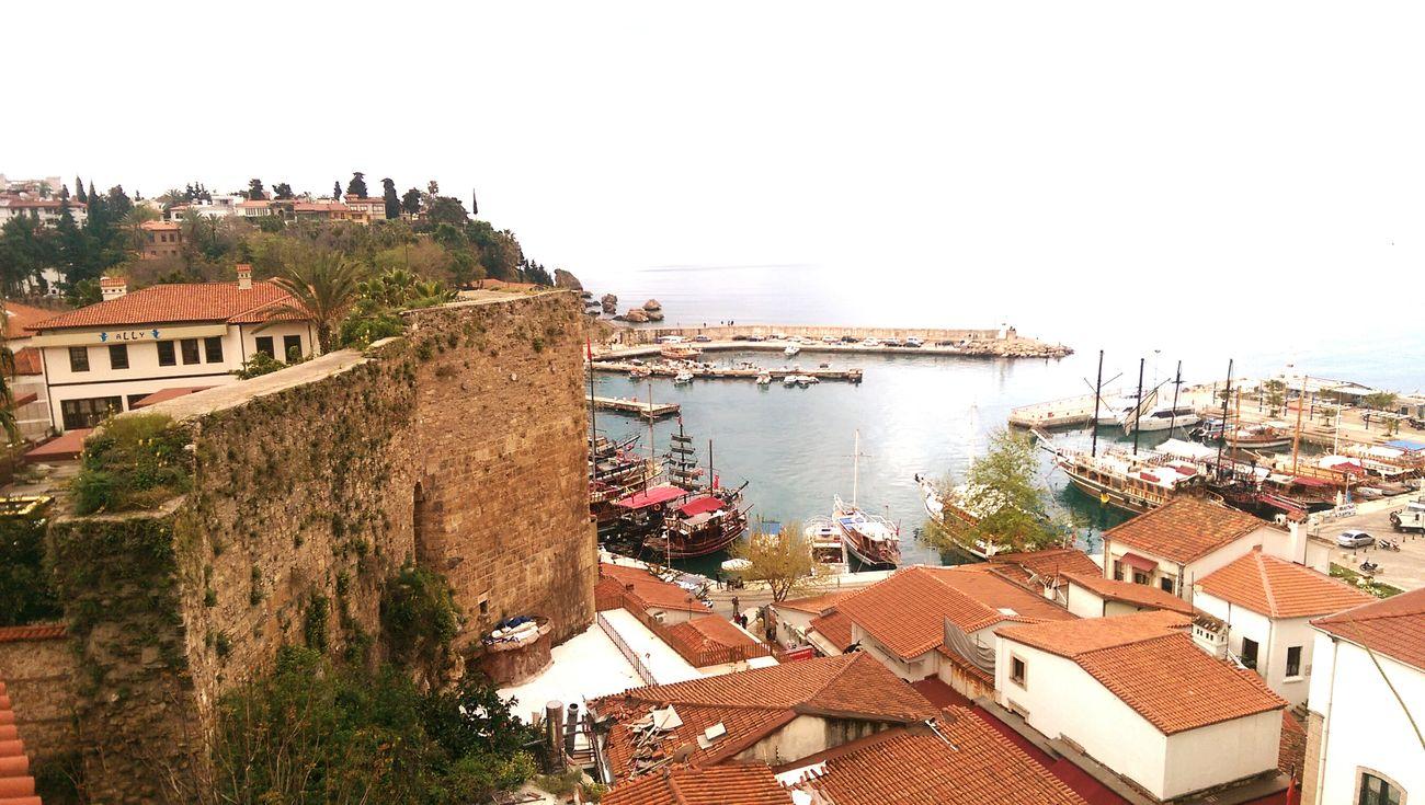 Çay va kaave va, bir sen eksiksin! Alone Coffee Akdeniz Yat Limanı Good Morning Relaxing Huzur♥