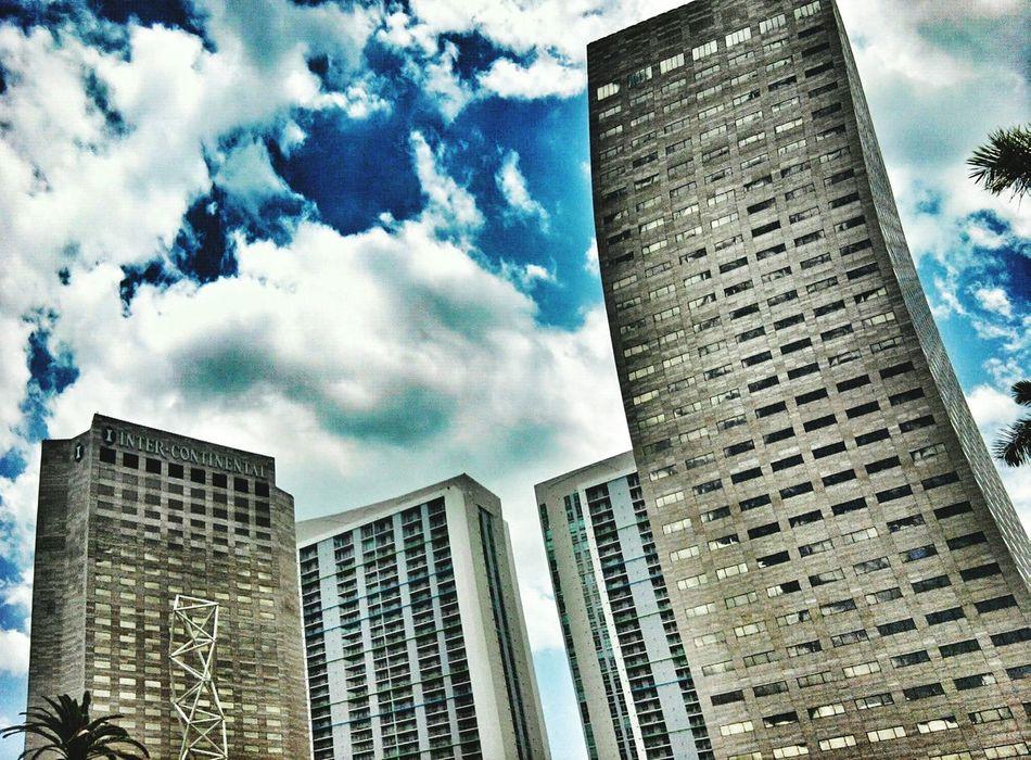 A long way up in South Florida Buildings & Sky Skyscraper City Miami, FL CBMetro313Pics