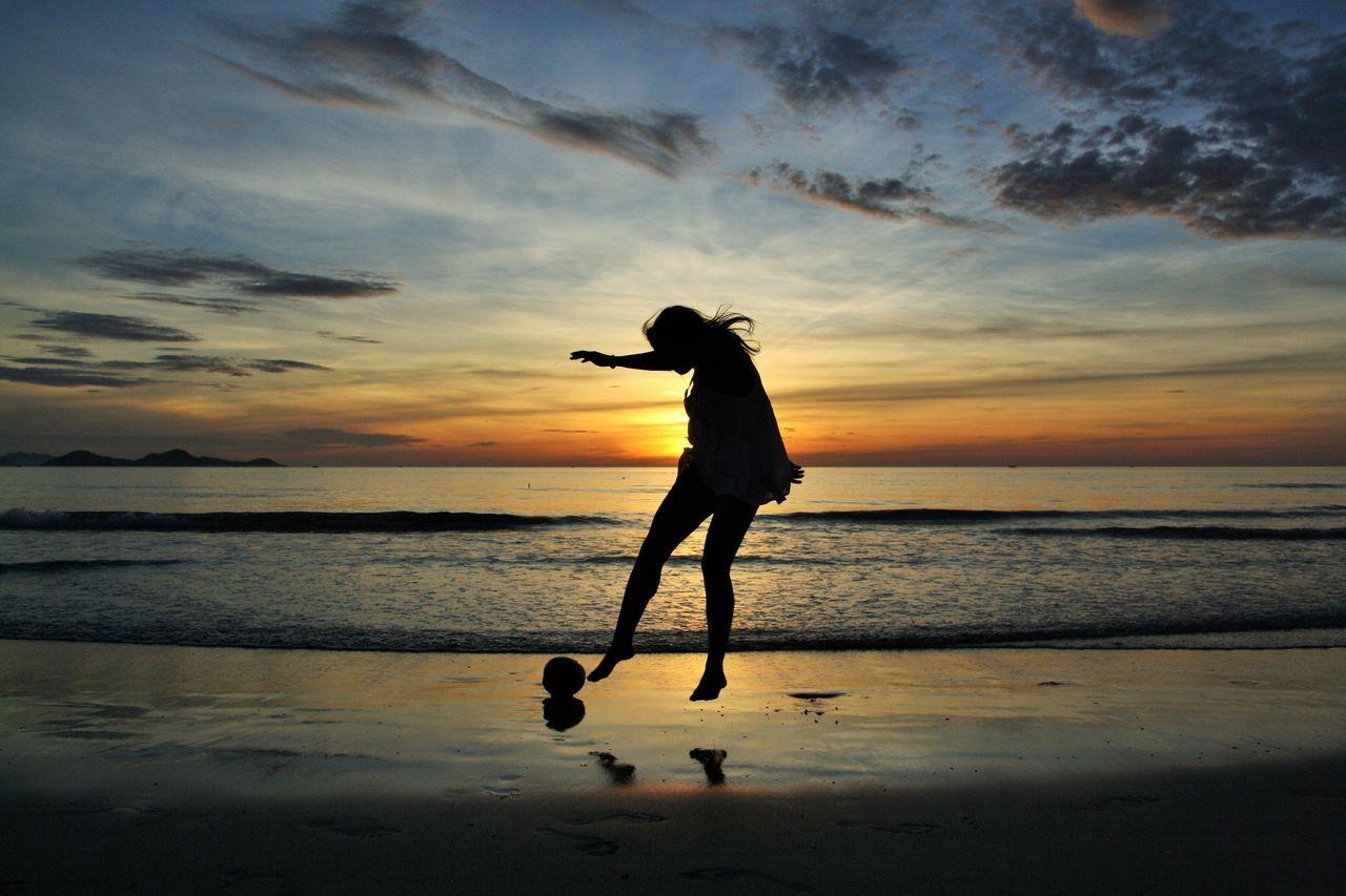 Beautiful stock photos of football, Activity, Beach, Beauty In Nature, Carefree