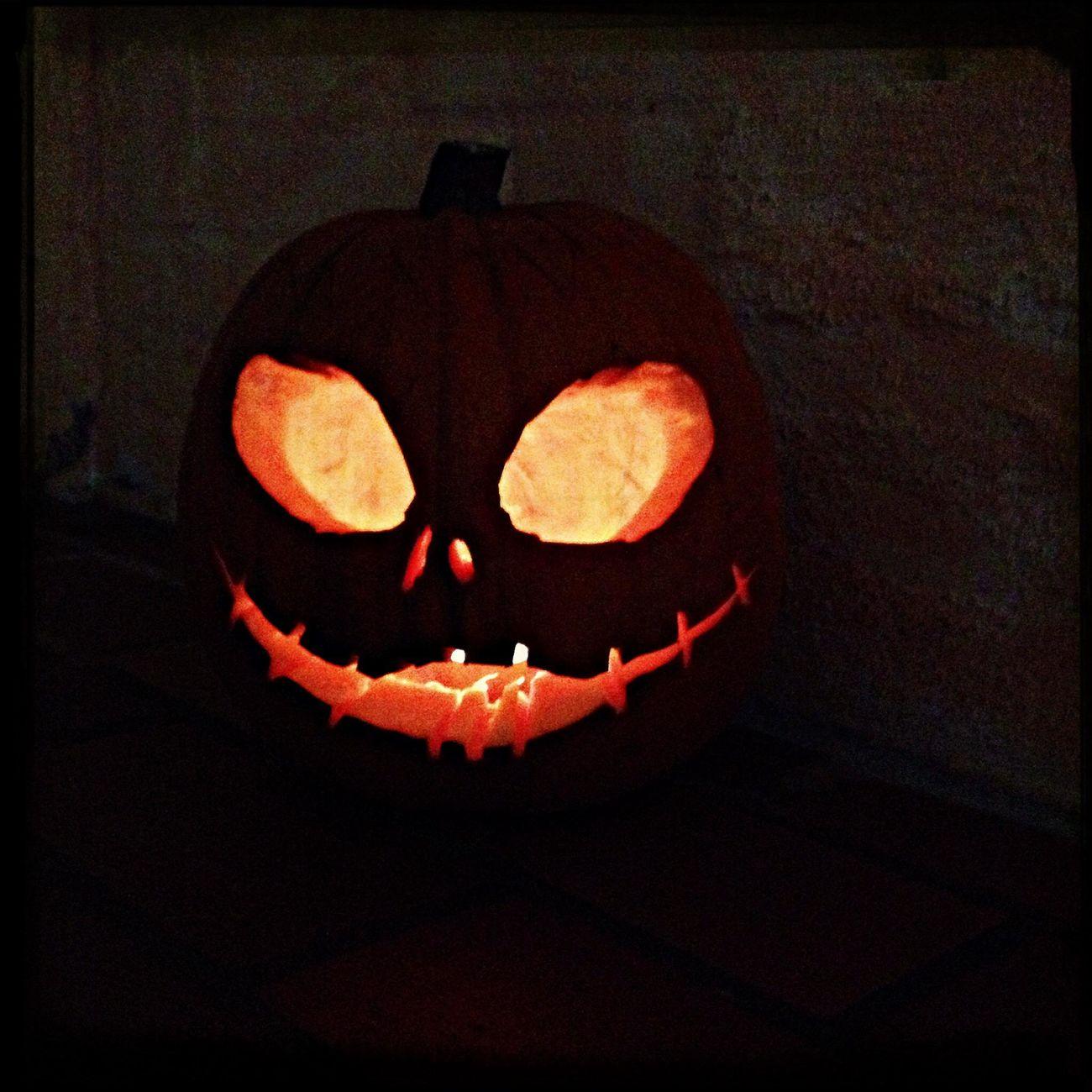 Happy Haloween, I no it's not jet, but I made a Pumpkin Head for fun! Jack Skeleton Tim Burton Haloween Pumpkins