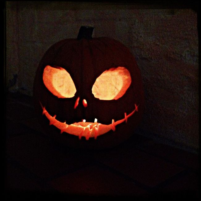 Happy Haloween, I no it's not jet, but I made a Pumpkin Head for fun! Jack Skeleton Tim Burton Haloween Pumpkins