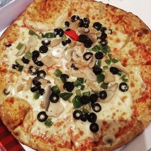Pizza بيتزا Tripoli Libya جنزور طرابلس ليبيا