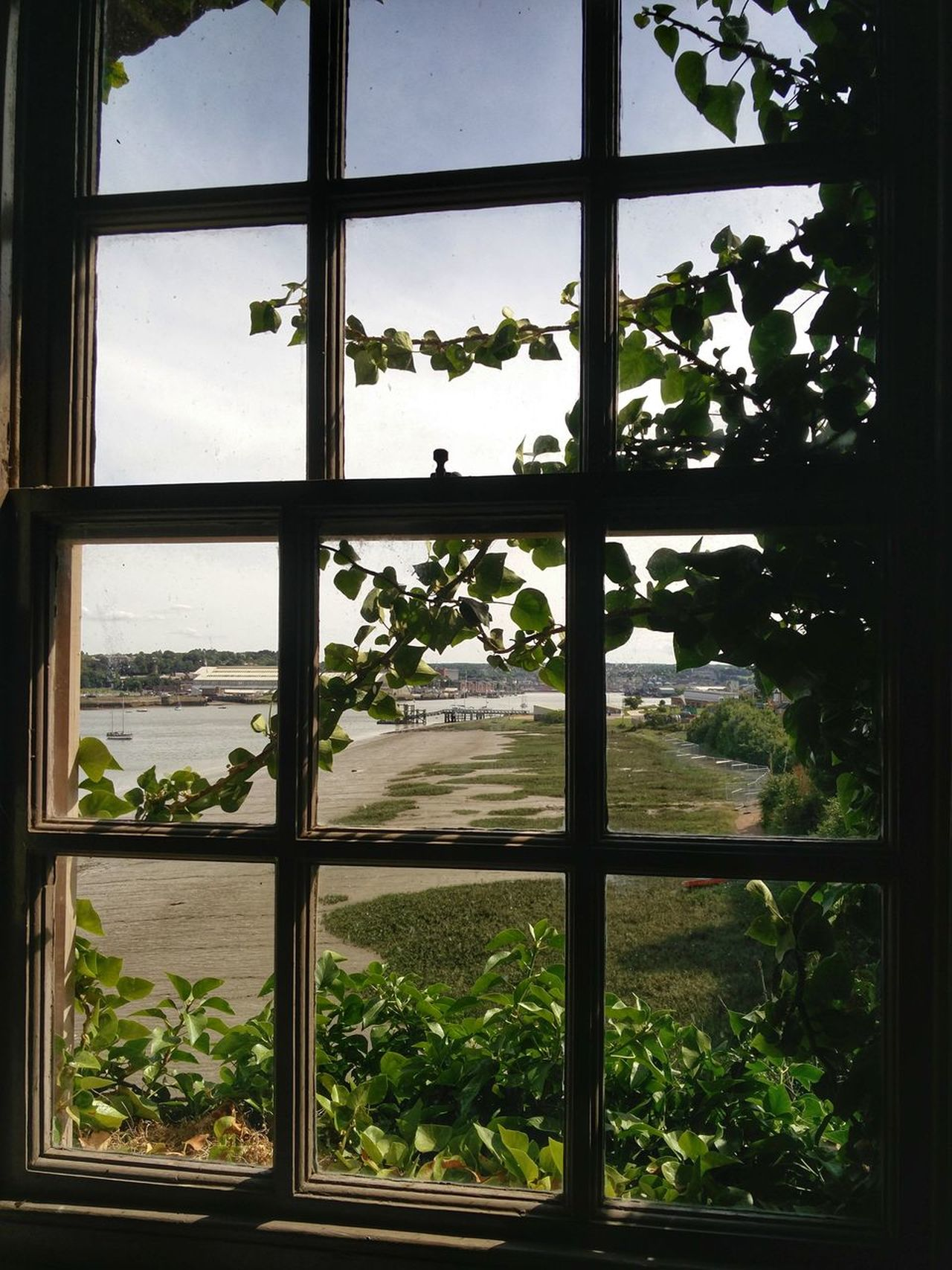 Window Wooden Window Window View Medway River Medway Kent Medway Upnor Castle Kent Nice View Just Around You Nice View 🌍