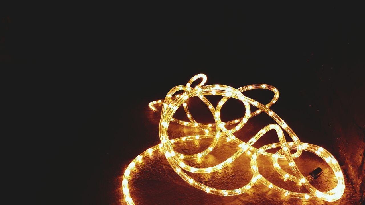 Learn & Shoot: Single Light Source Swansea Metropolitan University Exhibition Tube Lighting Limited Colors