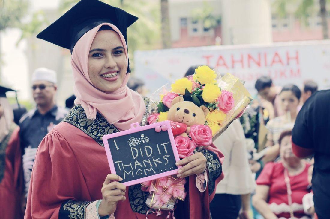 Graduation 2017 Graduation ♡ The National University Of Malaysia Unıversıty Convocation Me Memories ❤ EyeEmNewHere EyeEm Gallery Cheerful Outdoors Standing Flower
